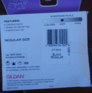 Gildan Accessories - Gildan sheer breeze knee highs